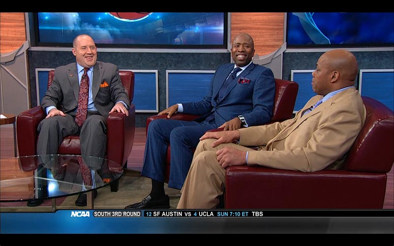 Buzz Williams, on set with Charles Barkley and Kenny Smith