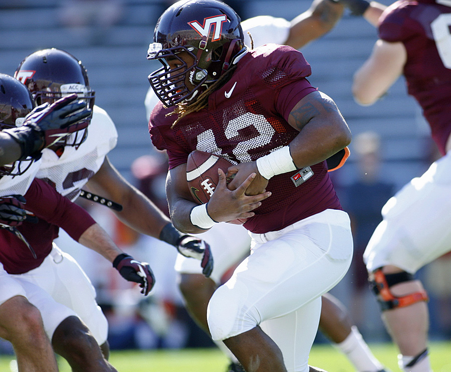 vt_fb_marshawn_williams_2014_04