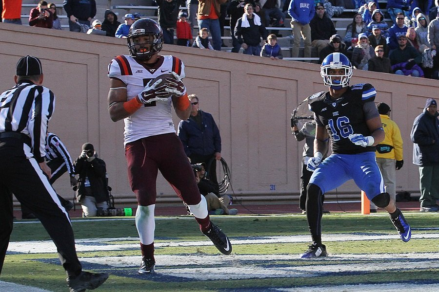 This 15 yard TD catch by Bucky Hodges was the game winner.