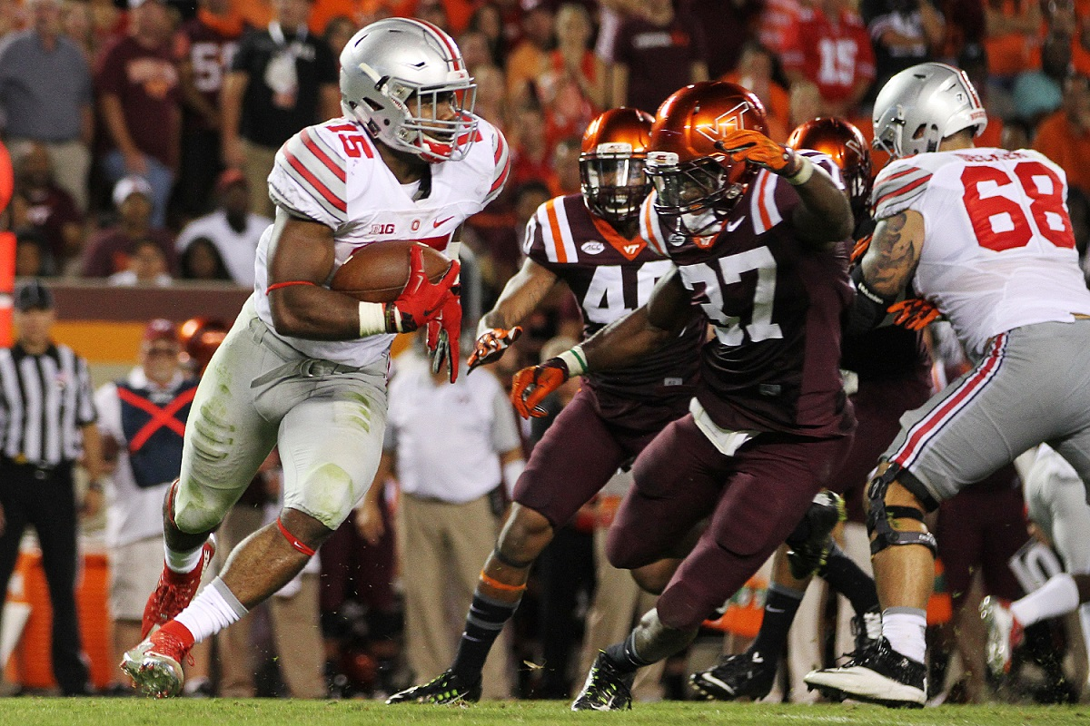 Virginia Tech's Ronny Vandyke pursues Ohio State's Ezekiel Elliott.