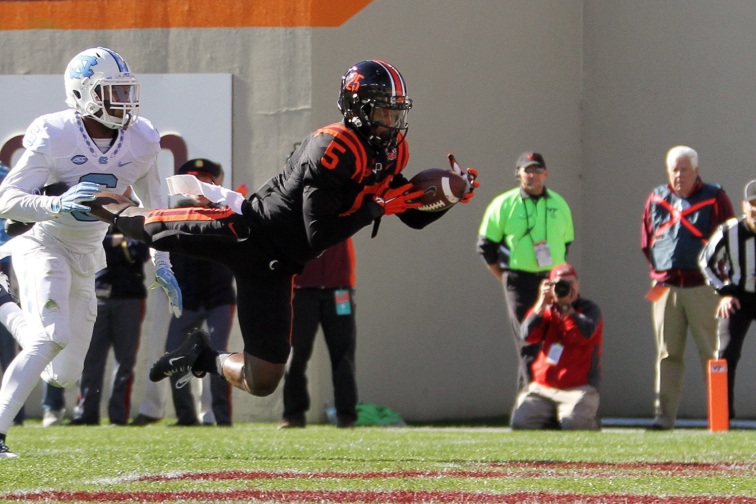 Cam Phillips dropped what could have been a touchdown, and the Hokies had to settle for a field goal.