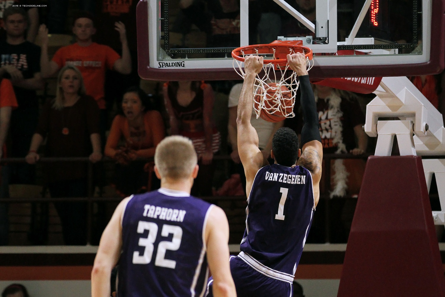 Joey van Zegeren didn't have a good game against his former team, but he did throw down this dunk.