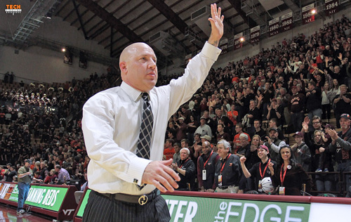 vt_mbb_buzz_williams_2015_10_home