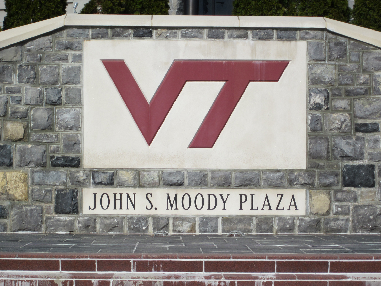 vt_fb_moody_plaza