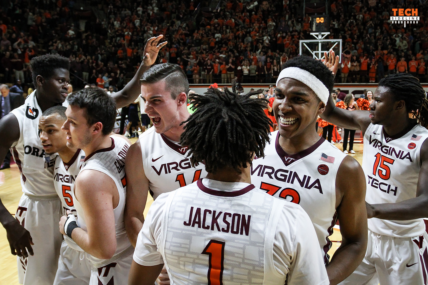 2017.01.18. Basketball. Men. Georgia Tech (GT, Yellow Jackets) at Virginia Tech (Hokies). Cassell Coliseum, Virginia Tech, Blacksburg, VA. Final score: Virginia Tech 62, Ga Tech 61. Officials: Mike Eades, Bill Covington Jr, Raymond Styons Jr. Attendance: 6,598.