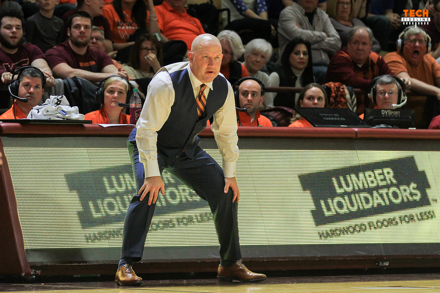 Buzz Williams and the Hokies came up just short against Louisville. (Ivan Morozov)