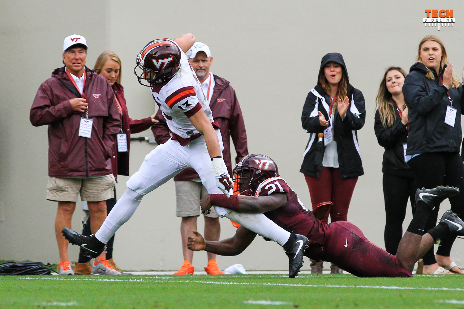 Virginia Tech loses freshman receiver Caleb Farley to a knee injury