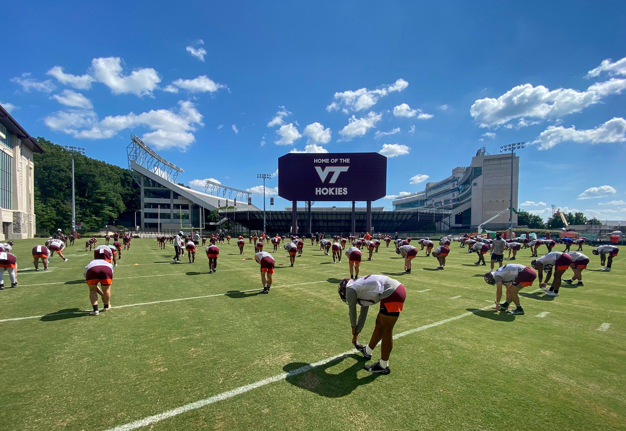 Virginia Tech Practice Report Amare Barno To Defensive End Techsideline Com